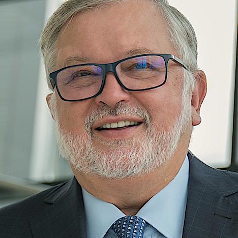 Dr. VLADAS ALGIRDAS BUMELIS